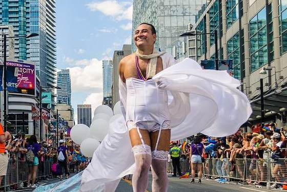 pride weekend toronto
