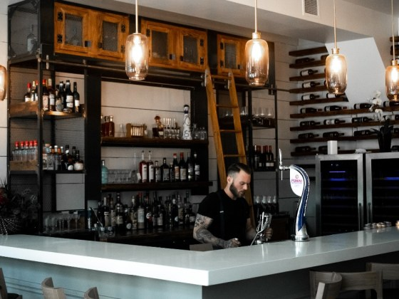 Bar Altura Queen West