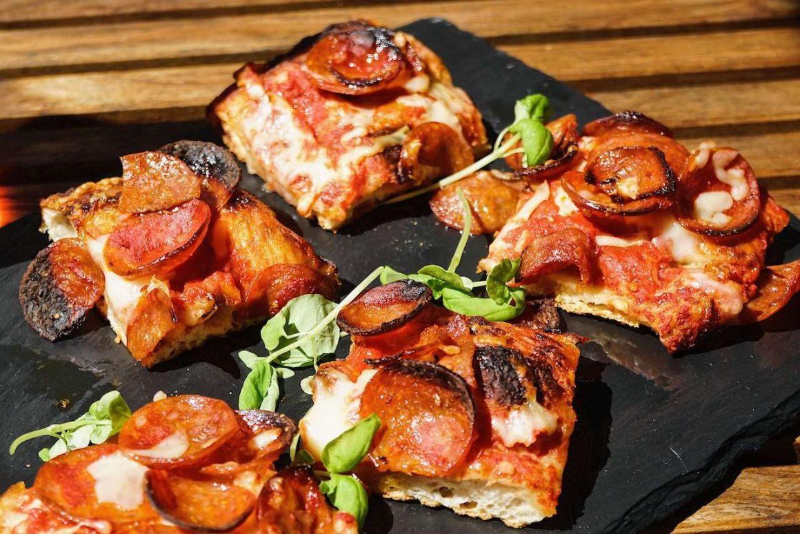 Fabbrica Pizza - rose picnic