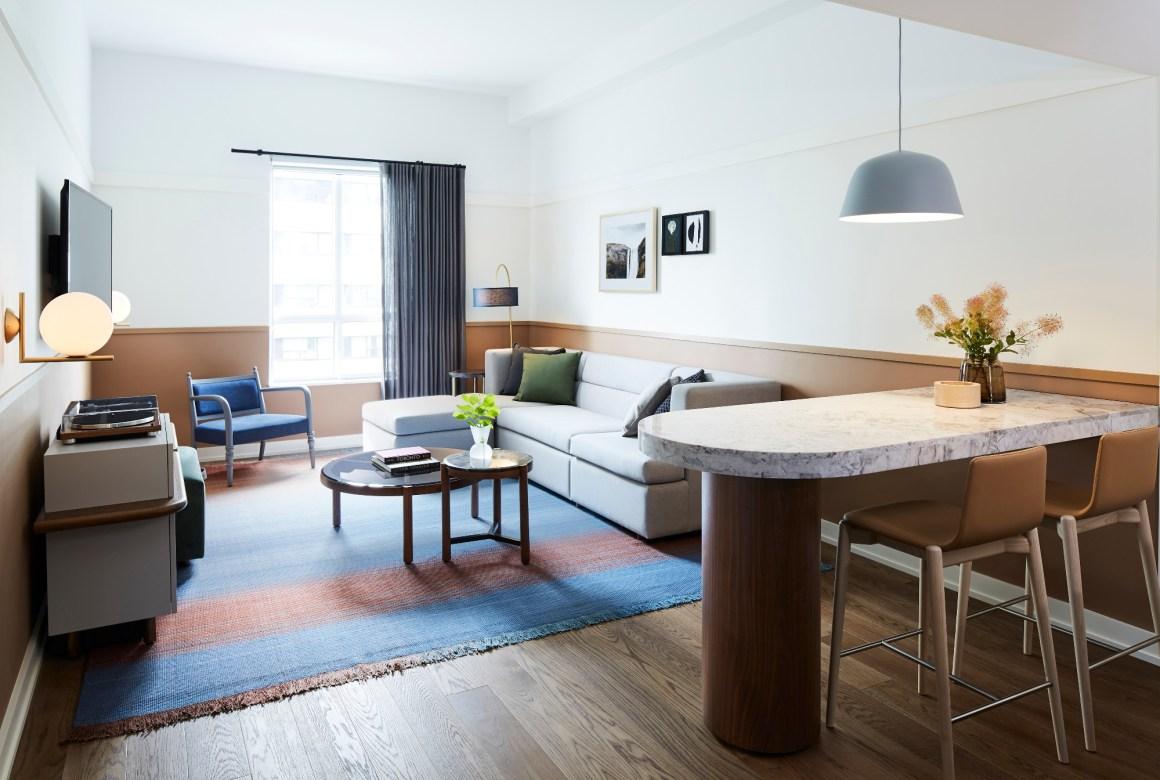 A bedroom Suite Hotel Toronto