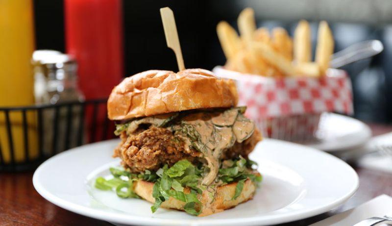 Thompson Diner | Late Night Eats | TIFF 2018 | View the VIBE Toronto
