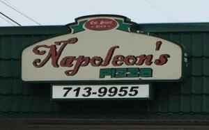 napoleon-s-pizza 3