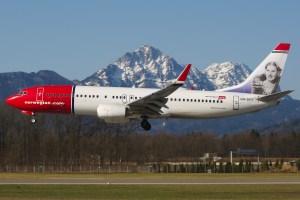 Norwegian_Air_Shuttle_in_Salzburg_with_Kirsten_Flagstad_on_tail