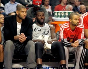 tim duncan on the bench