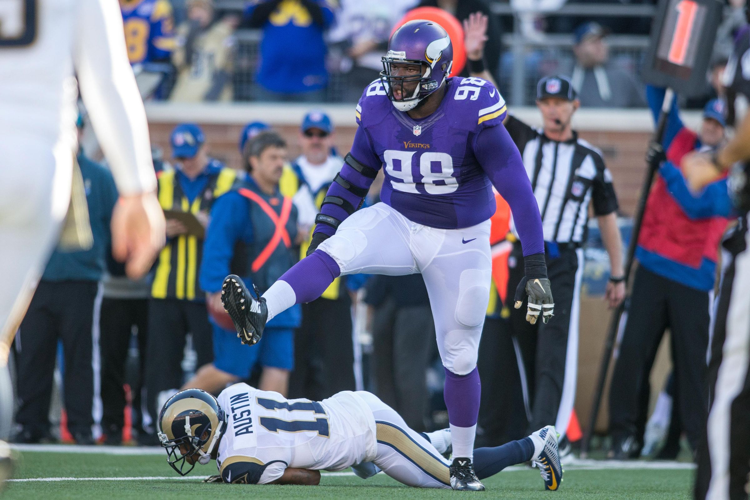 21014b0d0 St. Croix s Linval Joseph Questionable For Sunday Night Game ...