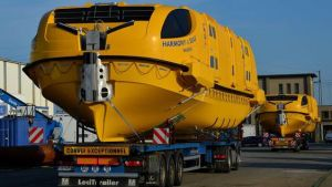 harmony-of-the-seas-boats-16x9