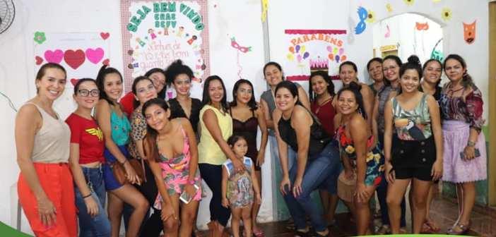 Prefeitura de Vigia de Nazaré conclui oficina de maquiagem e mulheres são qualificadas para o mercado de trabalho