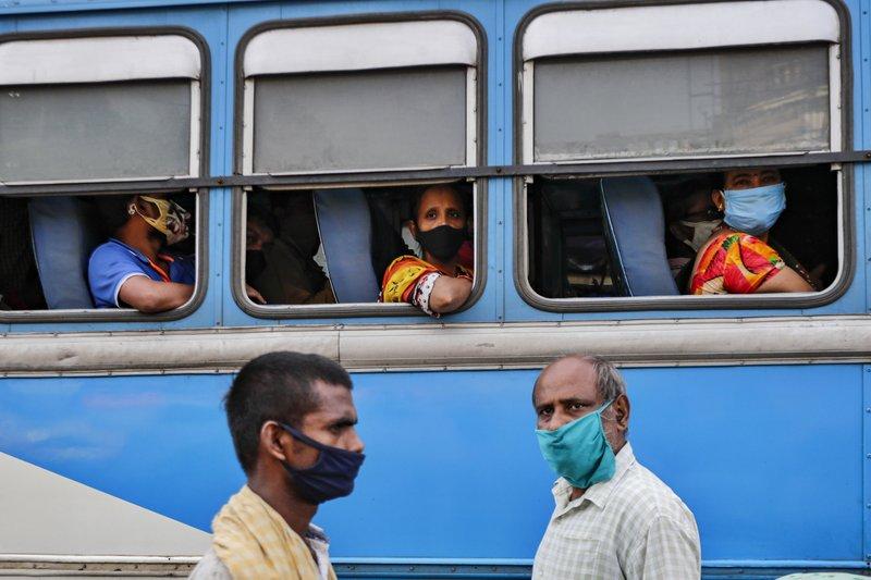India se acerca a las 100.000 muertes por COVID-19