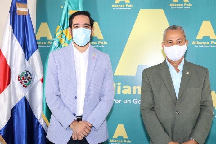 Bloque Diputados Alianza País reitera su renuncia privilegios