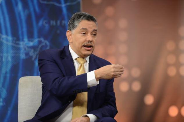 Exdirector de Migración alerta sobre plan de legalización de venezolanos