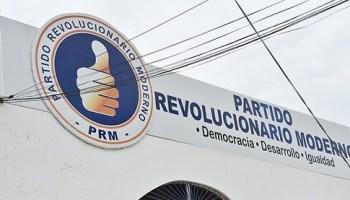 Comisión expulsa exregidor que inconforme con distribución de empleo agredió a presidente PRM en Barahona