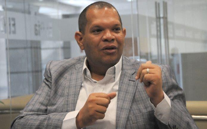 Carlos Guzmán recomienda al PLD pasar a otro tema
