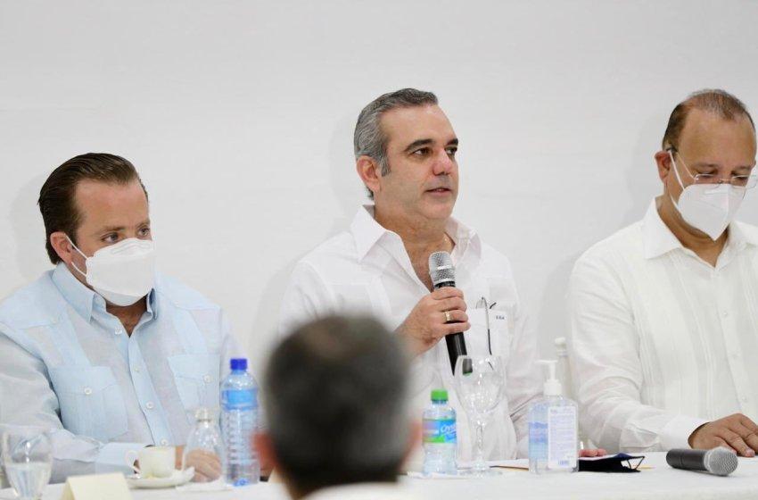 Abinader anuncia remodelación y construcción parques de Zonas Francas de La Vega
