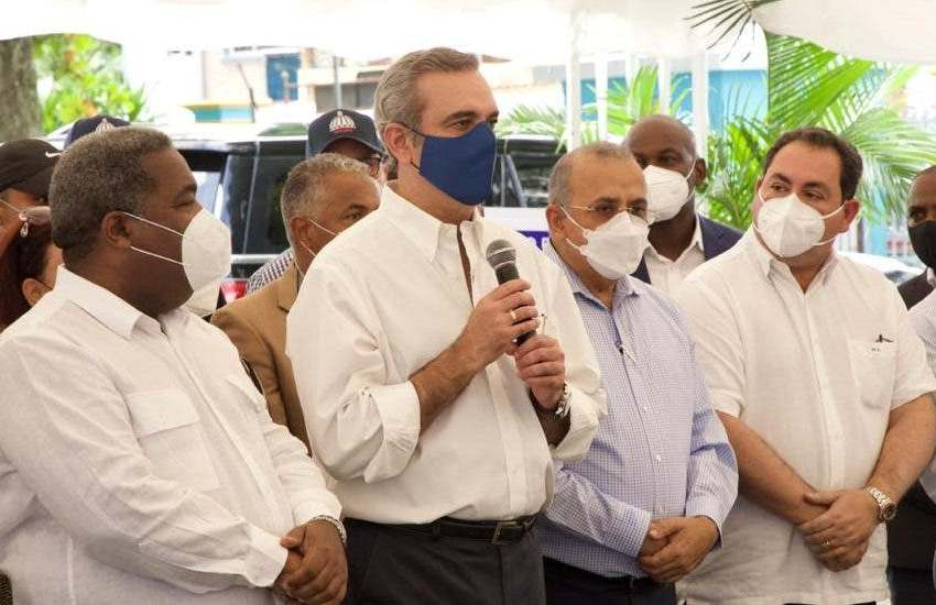 Abinader asignará RD$500 millones para terminación del hospital regional SFM