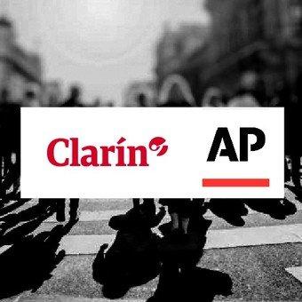 En Cuba la policía saca a artistas por violar protocolo COVID-19