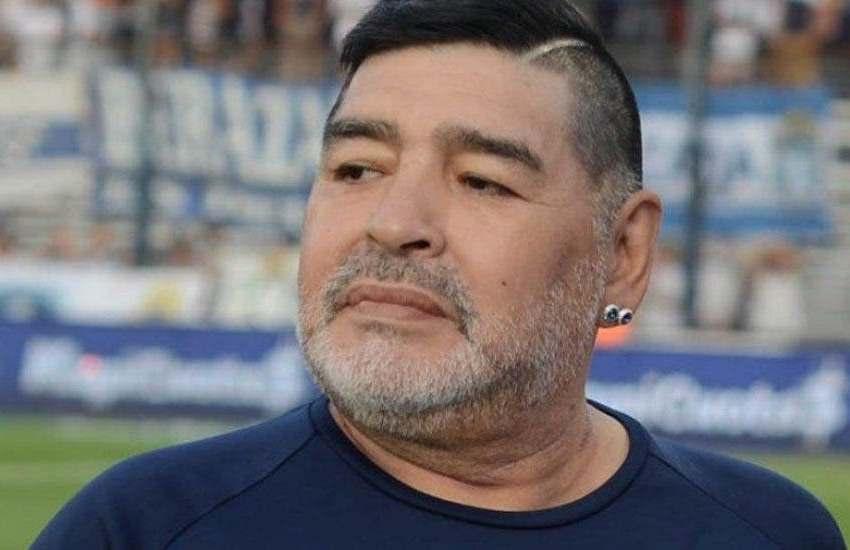 Operan con éxito a Diego Armando Maradona del hematoma subdural