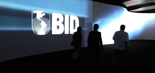 Banco Interamericano de Desarrollo recomienda al país rediseñar impuestos