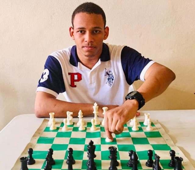 Araújo, campeón en ajedrez copa PN