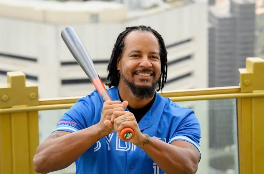 Manny esta de regreso al béisbol