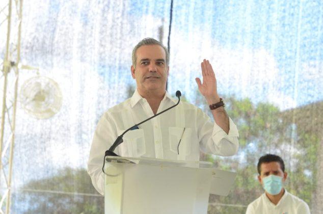 Presidente Abinader anuncia acciones sin precedentes en Moca para lograr una canasta familiar más asequible