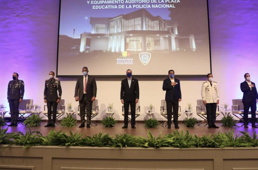 Presidente Abinader entrega el nuevo y moderno Auditorio Policía Nacional