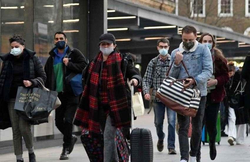 El Reino Unido notifica 54,990 nuevos casos de covid-19