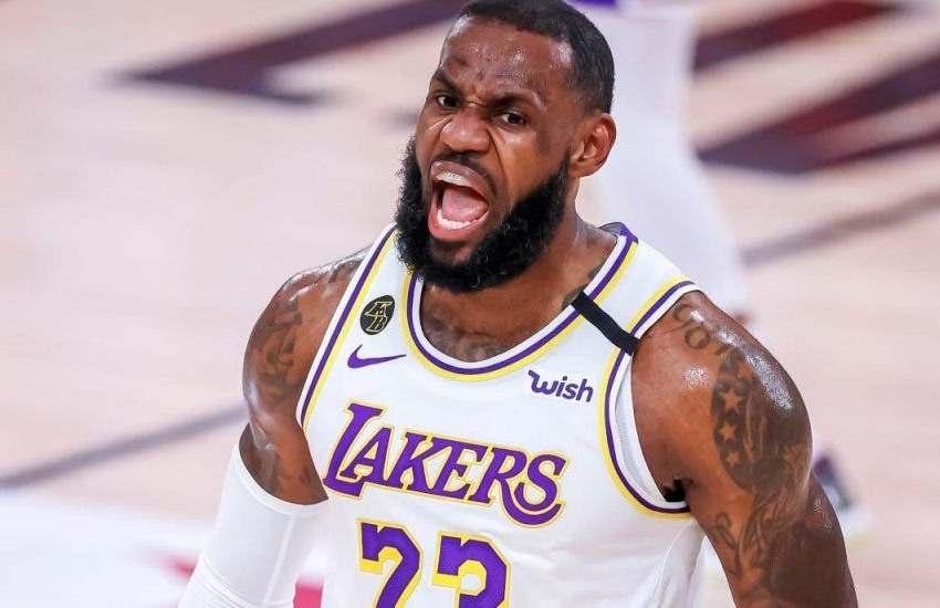 James domina a Antetokounmpo en un triunfo de prestigio de los Lakers