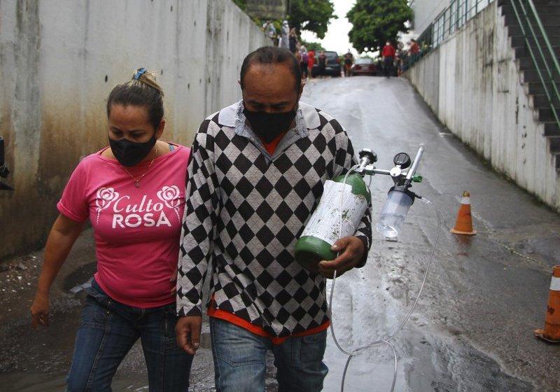 Brasil: Manaos busca oxígeno para sus pacientes con COVID-19