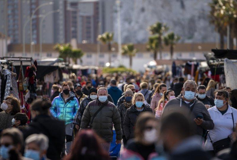 Con media Europa en casa, España rechaza otro confinamiento