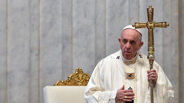El papa pide proteger los valores democráticos en EEUU tras asalto