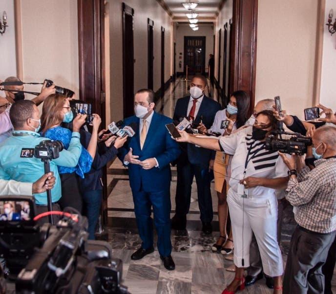 Gobierno echa atrás decisión recortar fondos a partidos