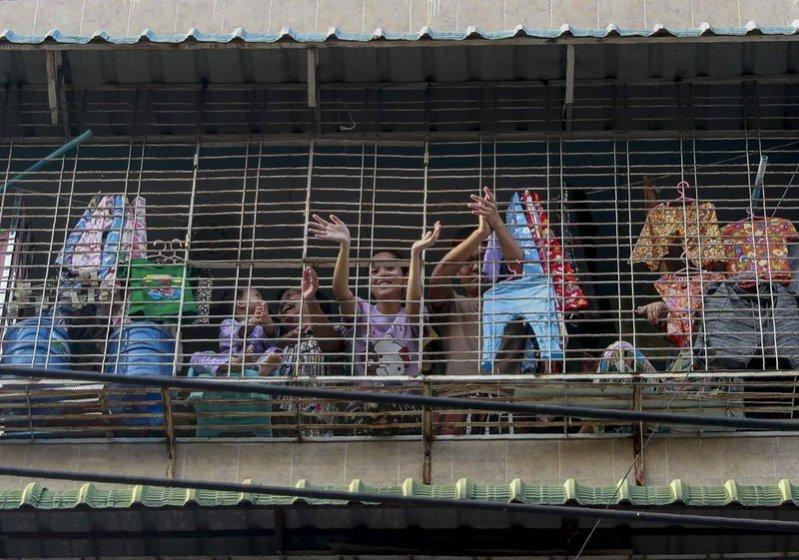 Junta de Myanmar arresta a alto cargo de partido derrocado