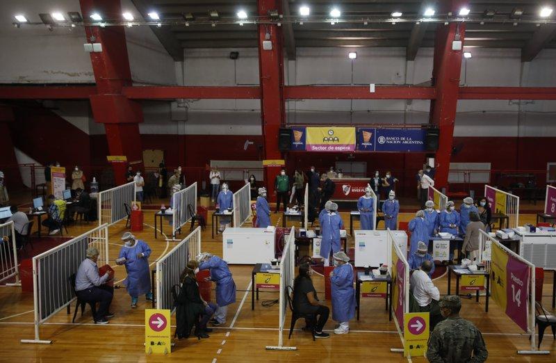 Argentina vacuna contra el COVID-19 en estadios de fútbol