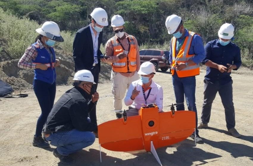 INDRHI y Parque Cibernético utilizan dron para levantamiento fotogramétrico en la presa Monte Grande