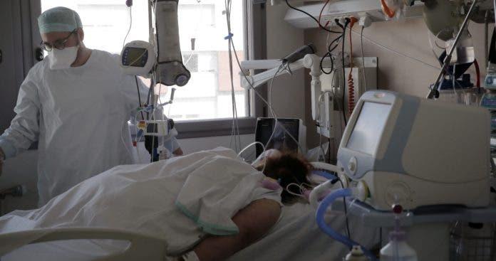 Chile pone tope de edad para uso de la vacuna AstraZeneca