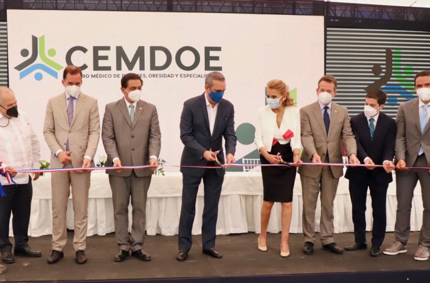 Presidente Abinader asiste a la inauguración de moderno centro de atención integral para diabetes, obesidad y especialidades