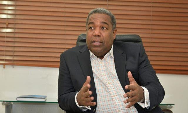 Tony Peña Guaba, director del Gabinete de Políticas Sociales, es el funcionario público del mes