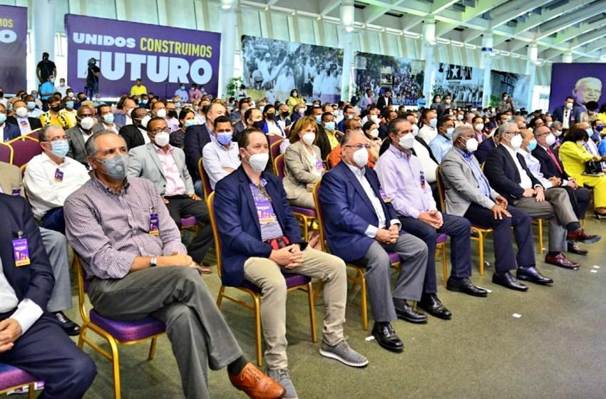 Agencias reportan al mundo reunión del CC del PLD