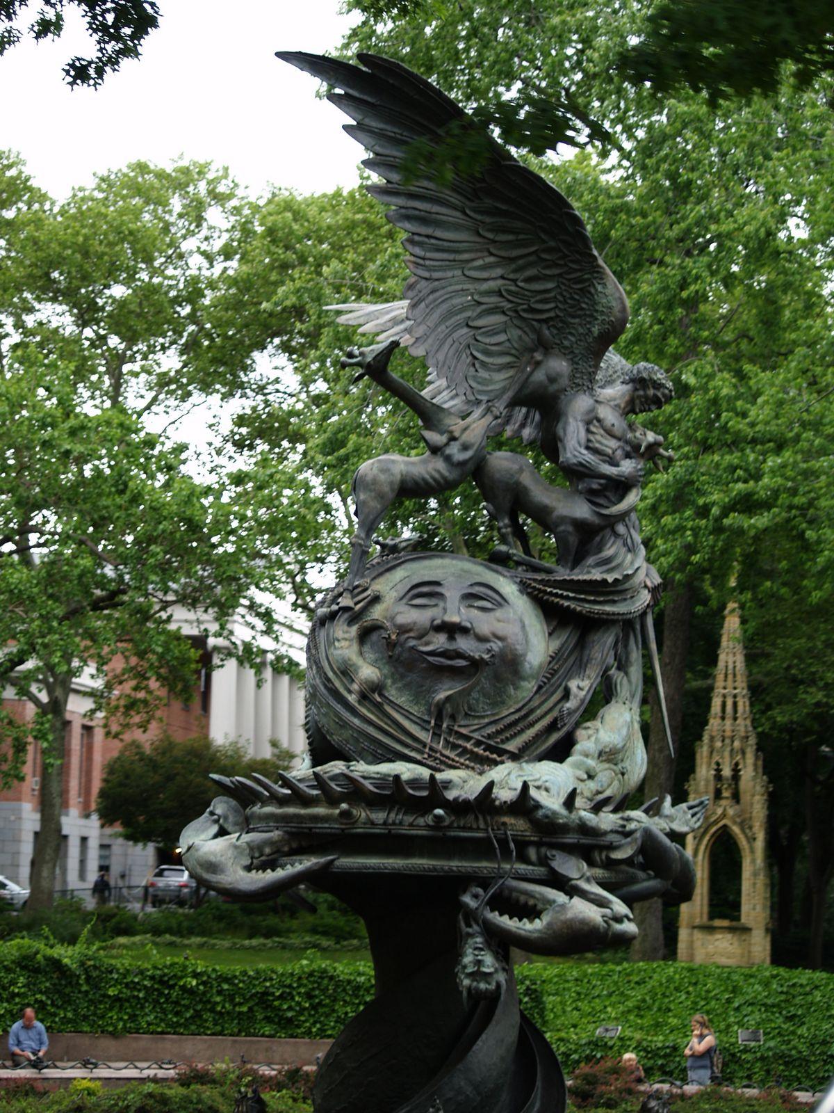 statue-at-st-john-the-divine