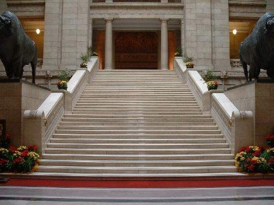 manit-legis-grand-staircase-bottom-w