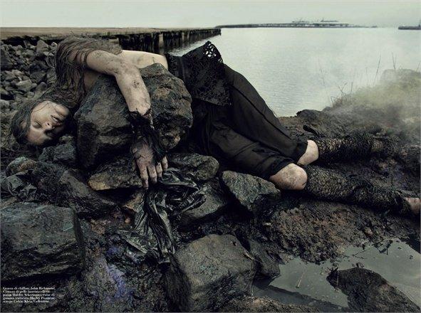 """""""Water Oil"""", Vogue Italia, 2011"""