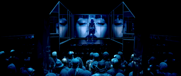 On the stage, Rihanna becomes a queen among men.