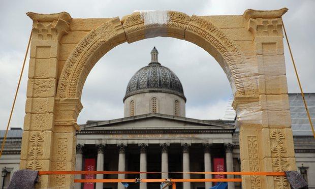 The Arch of Triumph of Palmyra in Trafalgar Square, London.