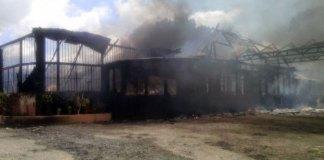 Así quedó Rancho Merengue tras el incendio de este sábado.