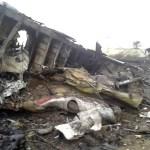 Restos del avión derribado.