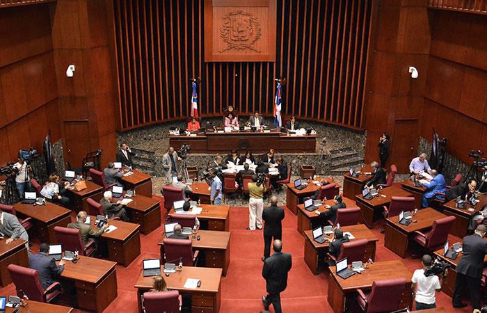 Senado declara de urgencia proyecto Loma Miranda