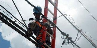 Las autoridades tratan de restablecer el servicio a las comunidades afectadas