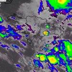 La directora de Onamet, Glortia Ceballos publicó en su cuentas de Twitter esta imagen de la fuerte actividad convectiva sobre el Gran Santo Domingo, provocando aguaceros con tormentas eléctricas en una imagen de la 1:30 pm