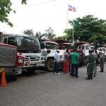 Parte de los camiones retenidos en el Ministerio de Medio Ambiente. (Foto: César de la Cruz)