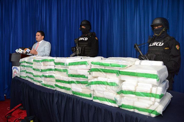 Mandan droga de Brasil a Puerto Rico y la cogen en puerto de RD